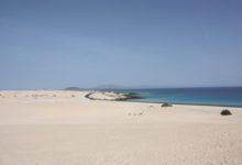 Dünen und Meer bei Corralejo